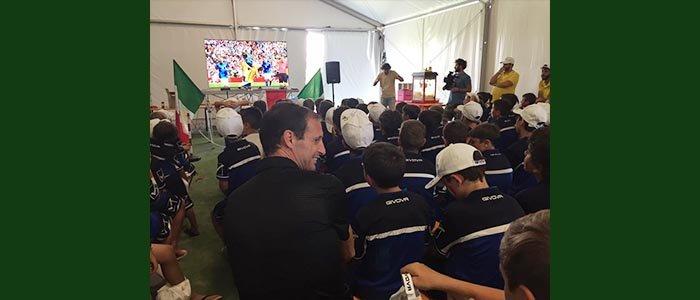 Qui Livorno: Allegri allena piccoli calciatori e sostiene Dynamo Camp