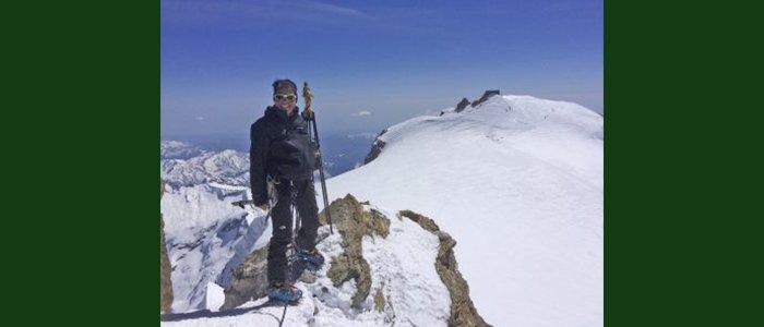 Ines Zucchelli, che ha raggiunto la vetta dell'Everest per Dynamo Camp