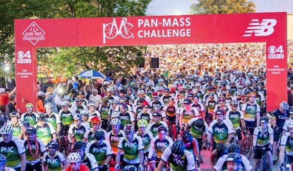 gara di bici di raccolta fondi negli USA